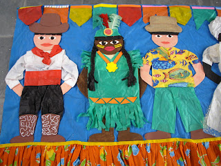 Oficina de criatividade mural festa junina for Blog mural do oeste