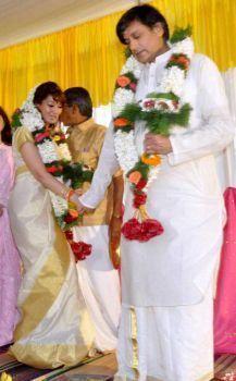 shashi tharoor weds sunanda pushkar � marriage photos