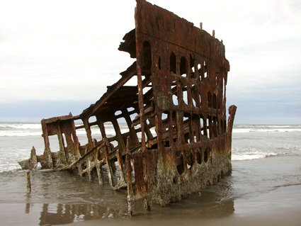 [peter_iredale_shipwreck_ft_s.jpg]