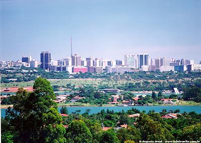 Viaggio in brasile brasilia for Piani di costruzione di edifici residenziali in metallo