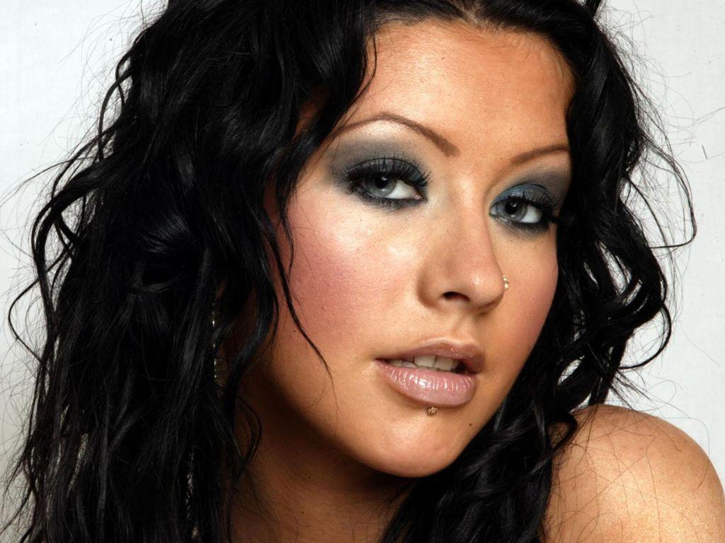 http://2.bp.blogspot.com/_utZrJsNMuZM/TDRVALX3EQI/AAAAAAAAAD8/-n9UfUH8E5Y/s1600/Christina-Aguilera-2.jpg