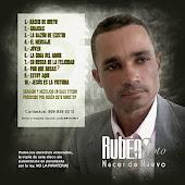 """Ruben Soto busca calar en el gusto del publico con su produccion musical """"Nacer de Nuevo""""."""