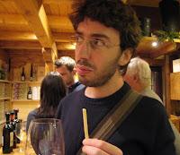 אדם. יין. גריסיני. אני לא מתלוננת