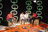 El  grupo en la television
