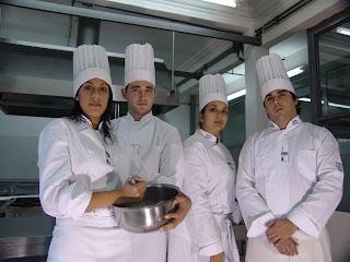 alumnos+en+cocina2 dans Estudio