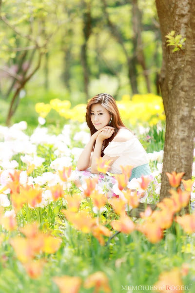 kim ha yul flower dress 12 Kim Ha Yul photo sexywomanpics.com