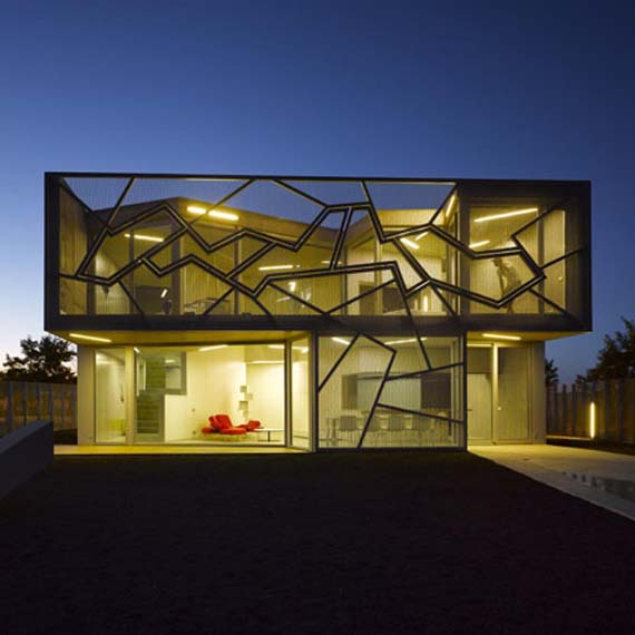 Minimalist house design casa zafra by eduardo arroyo for Minimalist house spain