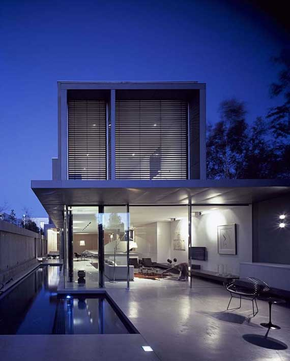 Modern house with simplicity interior concept by robert for Minimalist design concept