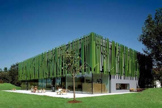 Green kindergarten sighartstein by kadawittfeldarchitektur minimalist home dezine Dezine house