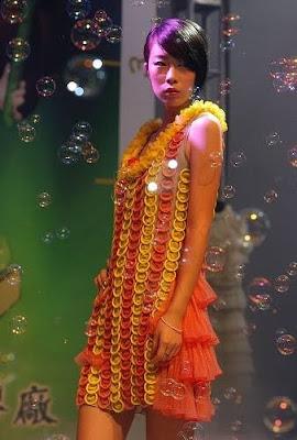 Dresses made of Condom