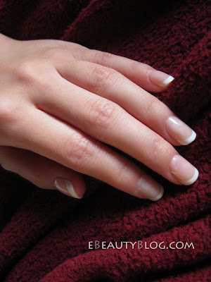 EbeautyBlog.com: Revlon Glue On Nails Review