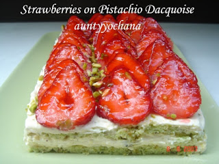 Yochana's Cake Delight! : Strawberries on Pistachio Dacquoise