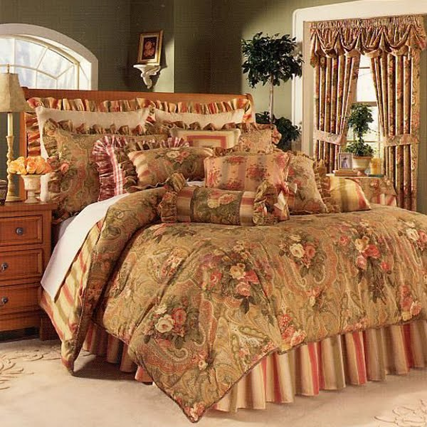 primrose paisley antique - Waverly Bedding