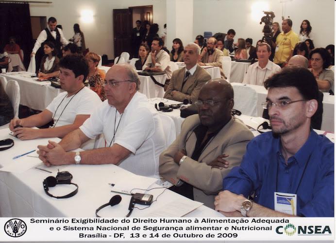 Patrono e coordenador do GESAN participam de evento internacional