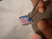 colgante rombo poner esmalte   Colgante bicolor con esmaltes