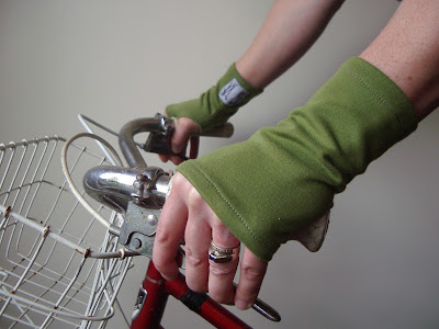 gloves to ride with