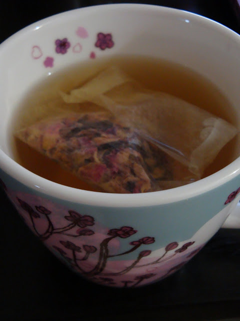 Lupicia Rose Tea