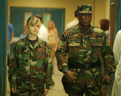 http://2.bp.blogspot.com/_v1nyF-OLGLU/TM81YSfq3NI/AAAAAAAAA_A/eCAobm0N9zI/s400/day_of_the_dead_2008_movie_image__2_-1.jpg