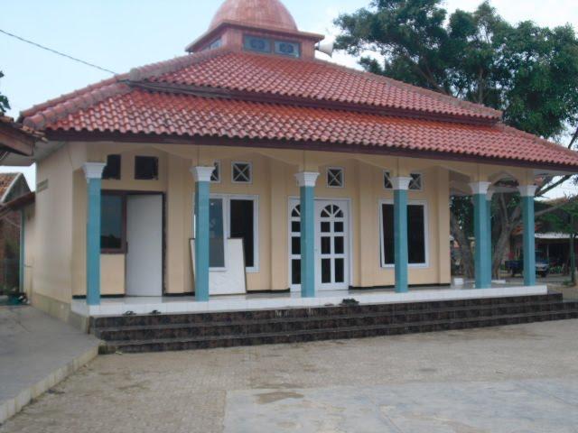 Masjid MTs Nurul Hikmah Gantar