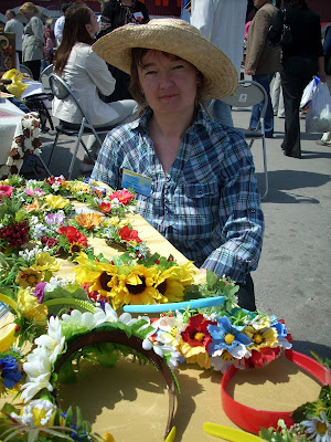 Natalia Lyashok From Ukraine Made These Headbands Wreaths From Flowers