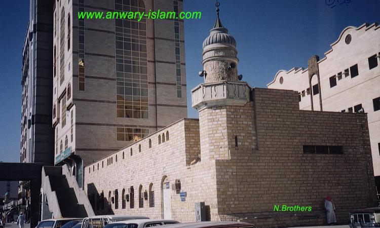 [masjid-jin.jpg]
