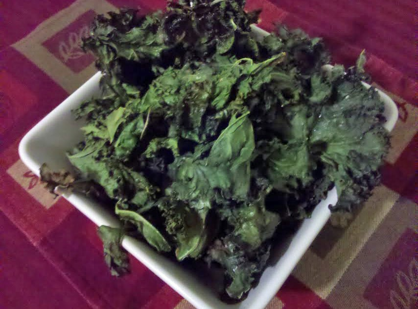 Baked Kale Chips - Munchie Musings