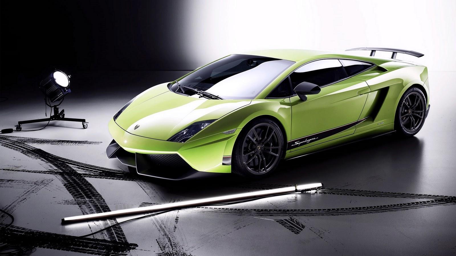 http://2.bp.blogspot.com/_v5h2qxDB1io/TTv6c9rhBTI/AAAAAAAABhM/ew-ZKm0tmp4/s1600/Green+Lamborghini+Gallardo.jpg