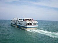 Kapal  Express Bahari  8B Gresik - Bawean