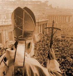 Pope on balcony