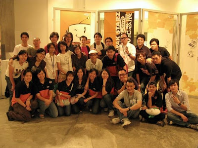 jo (comic artist for showtime) group photo~ more photos @ pipit