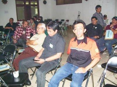 ..., Dr.Ir. Budi Santoso (YB1BS), Danny Munadjat (YB1HKM)