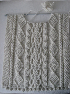 Aran Knitting Patterns : WILLOWS COTTAGE: Aran Sweater