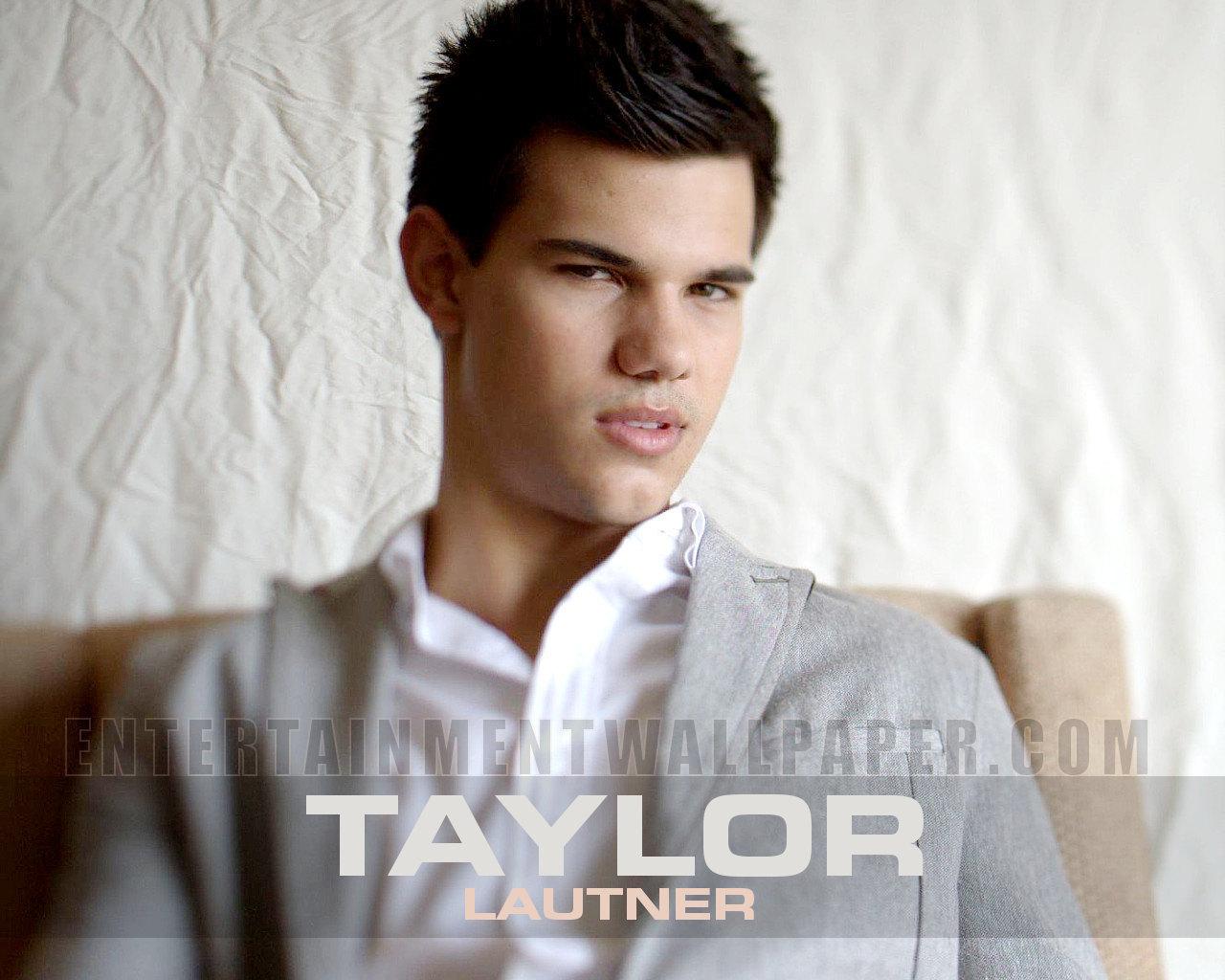 http://2.bp.blogspot.com/_v86pN0tym4k/TM6y4qqn1NI/AAAAAAAAESw/-2Q82wRvT74/s1600/Taylor-Lautner-taylor-lautner-12054471-1280-1024.jpg