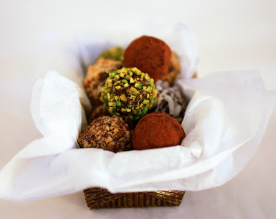 Tish Boyle Sweet Dreams: Holiday Bittersweet Chocolate Truffles