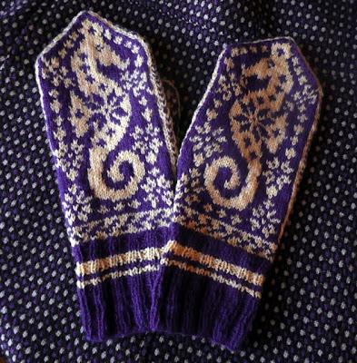 Knitting Pattern For Norwegian Mittens : SELBU MITTEN PATTERN Patterns For Pinterest