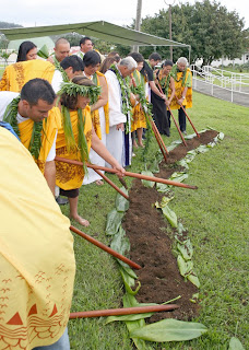 Hawaiian Studies students participate in groundbreaking