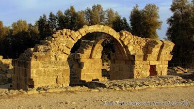 Форт Саранта Колонес, Кипр, Пафос by TripBY