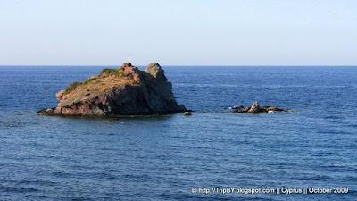 Скала около ванн Афродиты by TripBY.info