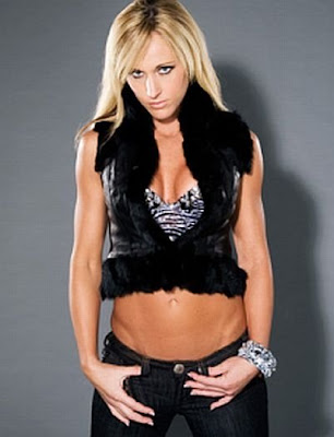 wwe divas wallpapers undressed. mccool que curvas Wwf diva
