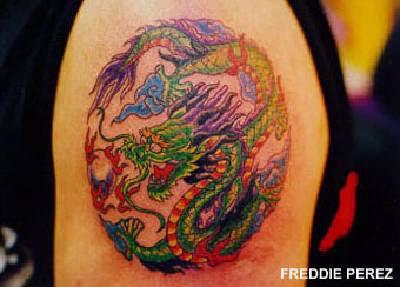 Tattoo de dragão Oriental chinês tatuado no braço