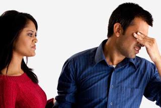 5 Dampak Buruk Ketika Istri Selalu Mau Tahu Urusan Suami