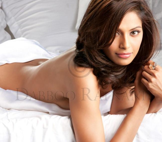 Bipasha Basu went without clothes for Daboo Ratnani's 2011 calender