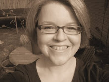 Holly Shacklett northwest arkansas organizing guru expert