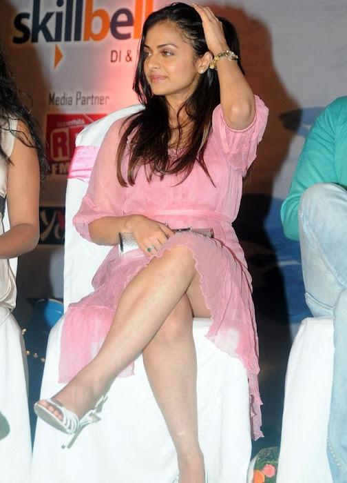 richa pallod actress pics