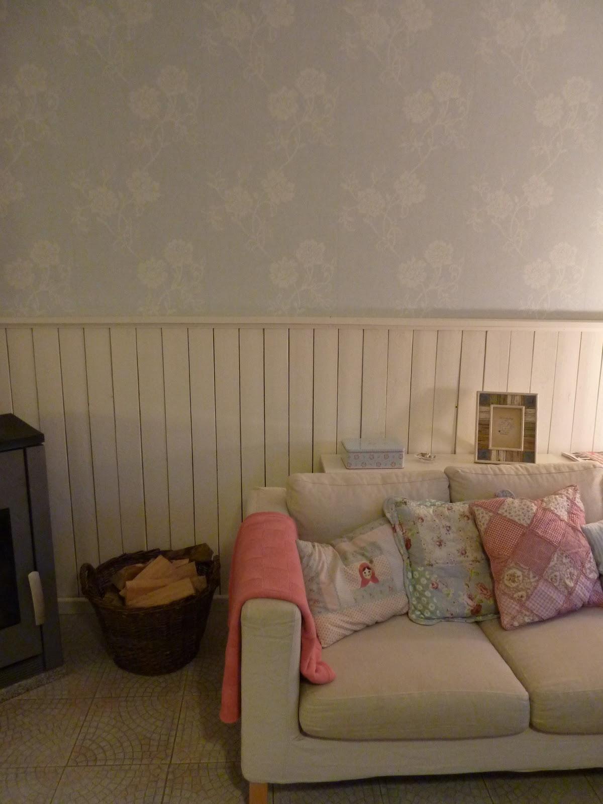 kleine paulinas sie ist endlich an der wand o. Black Bedroom Furniture Sets. Home Design Ideas