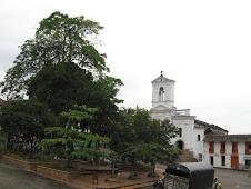 la plaza de nuestro lindo municipio !!!