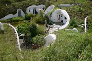 Environmentally-Friendly Earth Homes