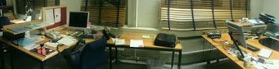 Ett rörigt kontor...