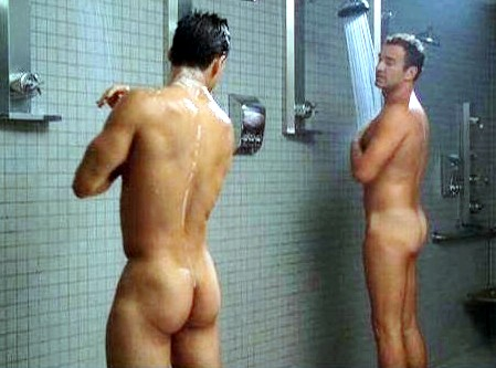Mario lopez and julian mcmahon nip tuck