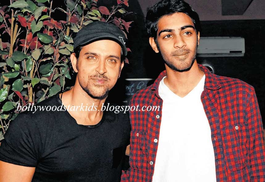 Bollywood Star Kids: Hrithik Roshan With Poonam Dhillon's ...